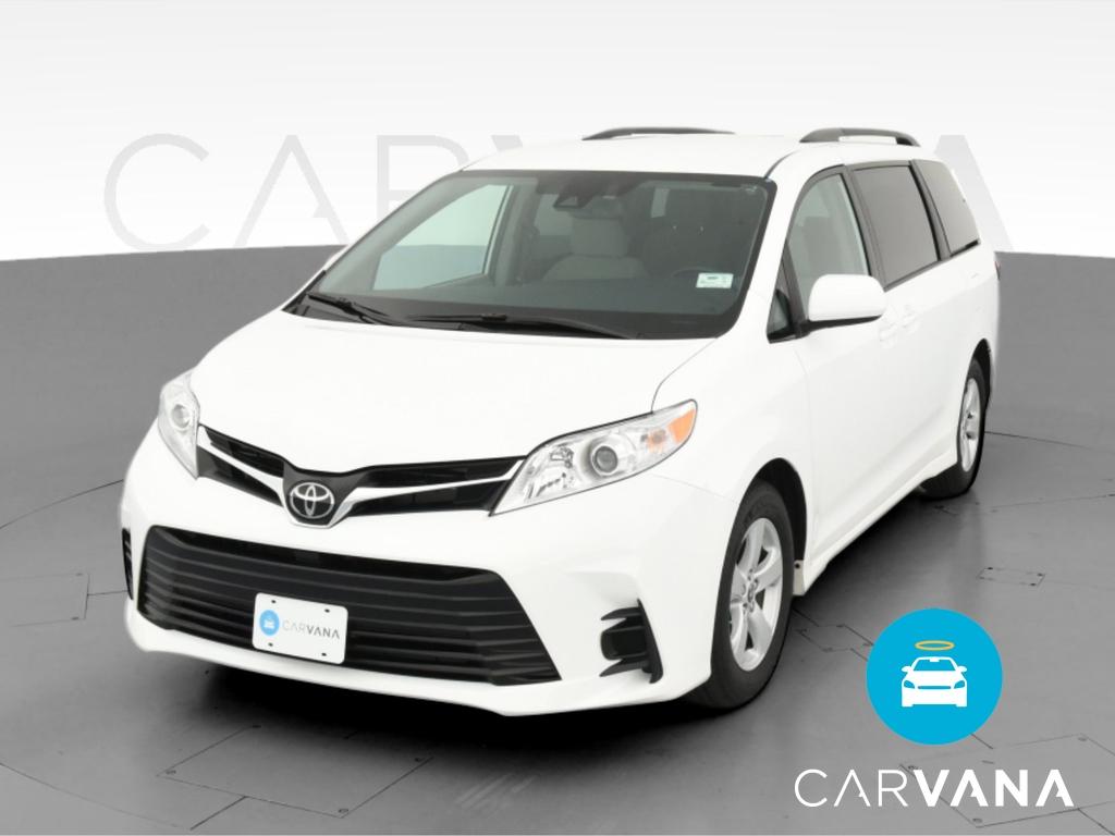 2020 Toyota Sienna LE Minivan 4D